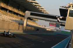 Rubens Barrichello, Williams F1 Team takes the checkered flag for the last time in 2010