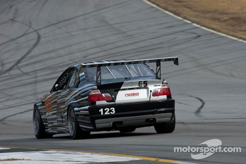 #123 Gearhead Racing 2002 BMW M3 Black/Si: Robert Gagliardo, Max Fischer, Ken Wilkinson