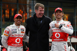 Lewis Hamilton, McLaren Mercedes, Fritz Joussen, CEO Vodafone Germany, Jenson Button, McLaren Mercedes