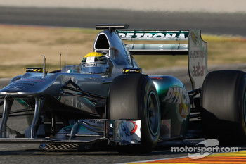 Nico Rosberg, Mercedes GP F1 Team, MGP W02 with his moveable rear wing