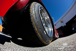 #99 GAINSCO/Bob Stallings Racing Chevrolet Riley Continental tire