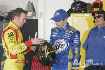 Kurt Busch, Penske Racing Dodge and Brad Keselowski, Penske Racing Dodge