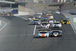 #83 Gulf Team First  Lamborghini LP560: Fabien Giroix, Frédéric Fatien, Roald Goethe, Mike Wainwright lead at the start