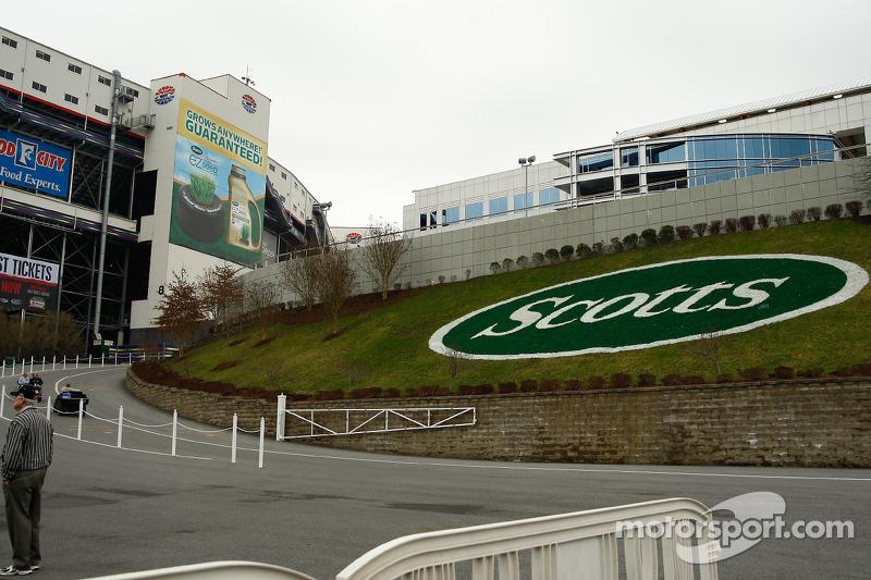 Bristol Motor Speedway ambiance