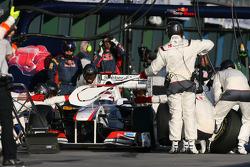 Kamui Kobayashi, Sauber F1 Team pit stop