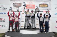 IMSA Foto - Podio GTD: i vincitori della gara #44 Magnus Racing Audi R8 LMS: John Potter, Andy Lally; al secondo posto #6 Stevenson Motorsports Audi R8 LMS GT3: Andrew Davis, Robin Liddell; al terzo posto #33 Riley Motorsports SRT Viper GT3-R: Ben Keating, Jeroen Bleekemolen