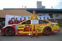 NASCAR Sprint Cup Foto - Polesitter Joey Logano, Team Penske Ford