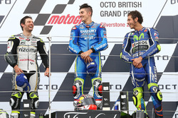 Podium: race winner Maverick Viñales, Team Suzuki MotoGP, second place Cal Crutchlow, Team LCR Honda, third place Valentino Rossi, Yamaha Factory Racing
