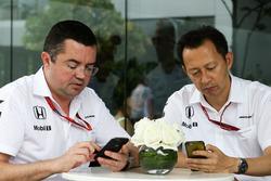 (L to R): Eric Boullier, McLaren Racing Director with Yusuke Hasegawa, Head of Honda F1 Programme
