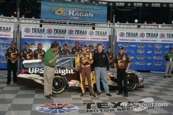 Pole winner David Ragan, Roush Fenway Racing Ford