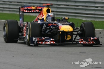Sebastian Vettel on his way to victory again in China?