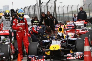Fernando Alonso, Scuderia Ferrari and pole winner Sebastian Vettel, Red Bull Racing