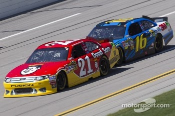 Trevor Bayne, Wood Brothers Racing Ford, Greg Biffle, Roush Fenway Racing Ford