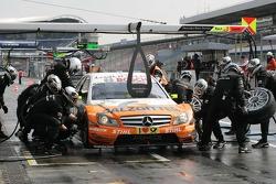 Pitstop for Gary Paffett, Team HWA AMG Mercedes, AMG Mercedes C-Klasse