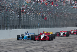 Restart: Jimmy Vasser and Paul Tracy battle