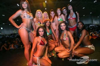 Grand Prix of Toronto Auto Expo: lovely finalists at the bikini contest