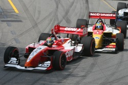 Start: Justin Wilson leads Sébastien Bourdais