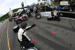 Minardi Team USA  crew members practice pitstops