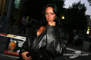 Street party: a mysterious beauty poses