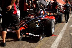 A strong foot in the way of impatient Robert Doornboss (Minardi Team USA)