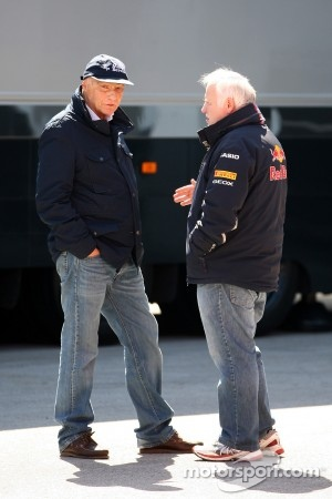 Niki Lauda talks with Norbert Vettel, Father of Sebastian Vettel