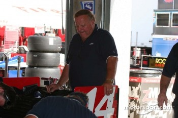 A.J. Foyt watches the ABC crew prepare for qualifying