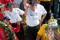 Sam Hornish Jr. celebrates his victory