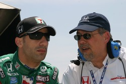 Tony Kanaan and Honda's Robert Clarke
