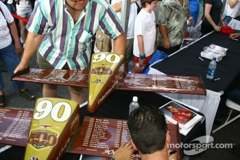 Sam Hornish Jr. signs nose cone replicas