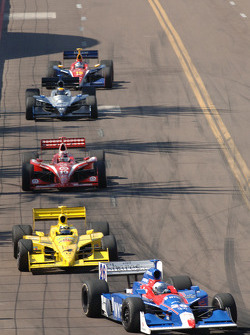 Marco Andretti leads Vitor Meira