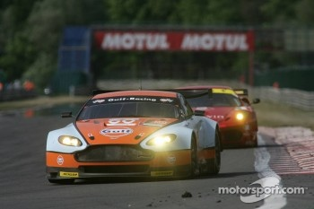 #60 Gulf AMR Middle East Aston Martin Vantage: Fabien Giroix, Roald Goethe, Michael Wainwright