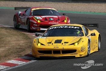 #66 JMW Motorsport Ferrari F458 Italia: Robert Bell, James Walker