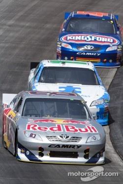 Brian Vickers, Red Bull Racing Team Toyota, Denny Hamlin, Joe Gibbs Racing Toyota and Bobby Labonte, JTG Daugherty Racing Toyota