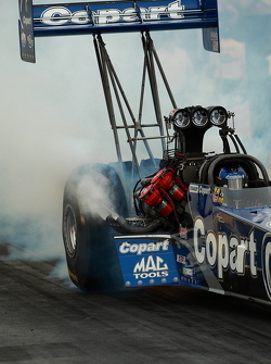 brandon bernstein burns out for round two qualifying