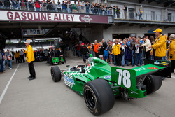 Nuclear Clean Air Energy HVM Racing of Simona de Silvestro heads to pitlane