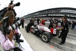 Pit stop challenge: Ryan Briscoe, Team Penske prepare for the finals