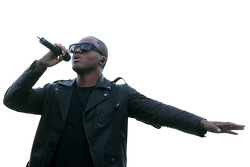 Taio Cruz, Singer, Amber Lounge Fashion