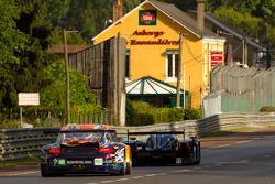 #5 Hope Racing Oreca Swiss Hy Tech-Hybrid: Steve Zacchia, Jan Lammers, Casper Elgaard, #80 Flying Lizard Motorsports Porsche 911 RSR: Jörg Bergmeister, Patrick Long, Lucas Luhr