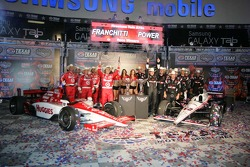 Dario Franchitti, Target Chip Ganassi Racing and Will Power, Team Penske celebrates
