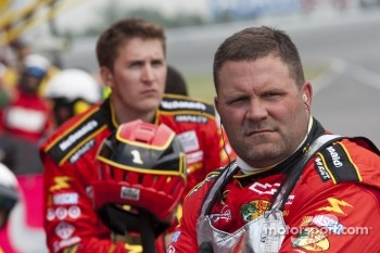 Crew of Jamie McMurray, Earnhardt Ganassi Racing Chevrolet