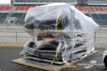 Racing cars arrive at Motegi