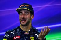 Formula 1 Foto - Daniel Ricciardo, Red Bull Racing alla conferenza stampa FIA