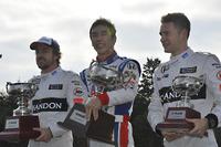 F3 Fotók - 佐藤琢磨、フェルナンド・アロンソ、ストフェル・バンドーン