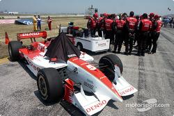 Walker team meets on the grid
