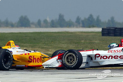 Accident between Tora Takagi and Jimmy Vasser