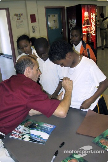 Roberto Moreno visits the Westside-Fairfield Boys and Girls Club of Long Beach