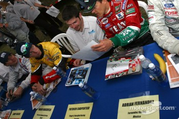 Drivers autograph session: Jimmy Vasser, Mario Haberfeld, Patrick Carpentier and Adrian Fernandez