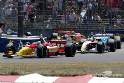 Sébastien Bourdais leads Bruno Junqueira
