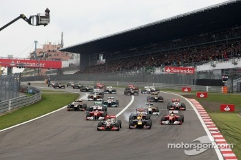 Start of the race, Lewis Hamilton, McLaren Mercedes
