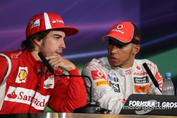 Race winner Lewis Hamilton, McLaren Mercedes, second place Fernando Alonso, Scuderia Ferrari